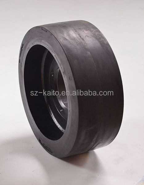 Personalized Rubber High Capacity Solid Tyre 2.jpg