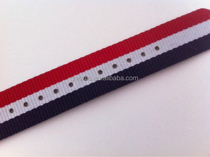 18mm montre rouge de style nylon balistique de l'NATO