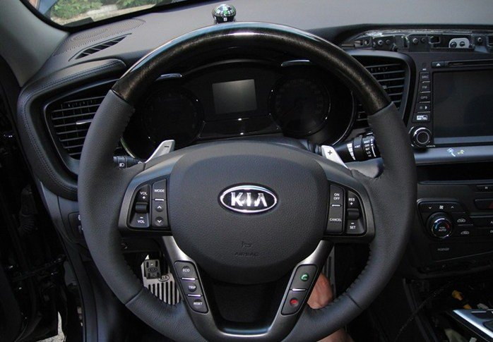 for 2011-2012 KIA K5/Optima Original High quality Audio,channel,bluetooth,Constant speed cruise,Paddle shifters Steering wheel