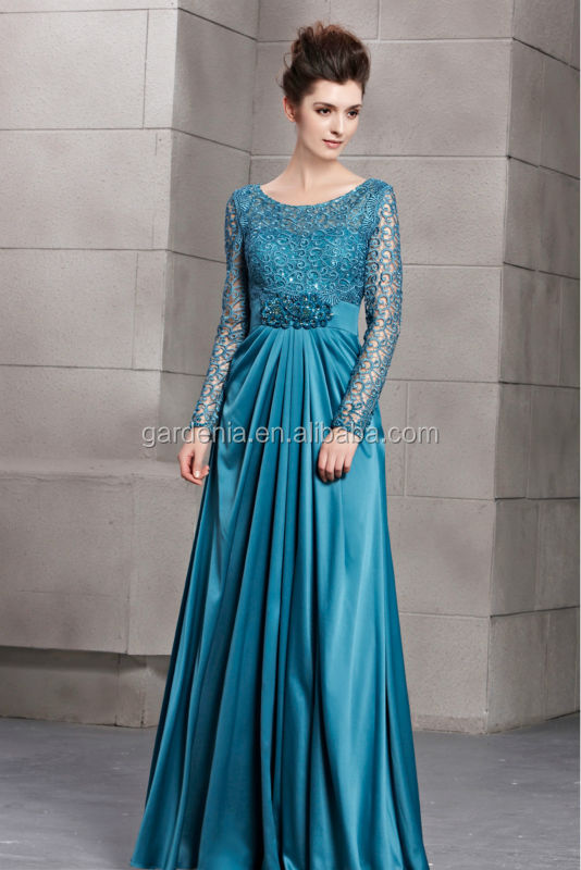 Vestido de festa longo azul com manga
