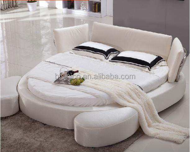 chambre lit rond chambre cuir blanc chambre a coucher. Black Bedroom Furniture Sets. Home Design Ideas