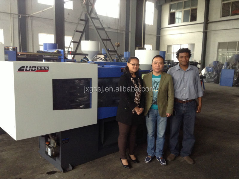 Plastic Injection molding machine with servo motor plastic injection moulding machine