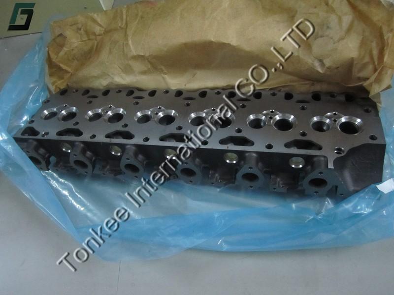 VOLVO EC290B engine clinder head VOE 20489008 (2).jpg