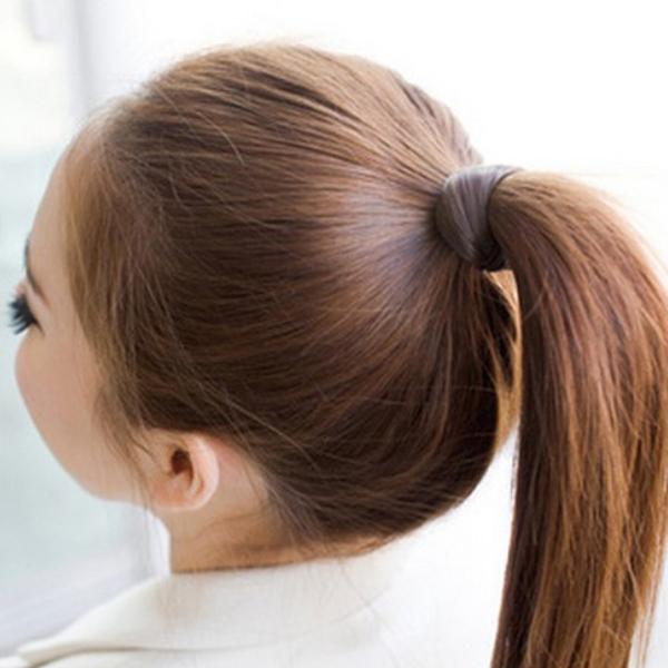 Как сделать хвостик из волос без резинки