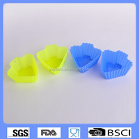 China factory hot sales colorful silicone muffin cups/silicone cupcake molds