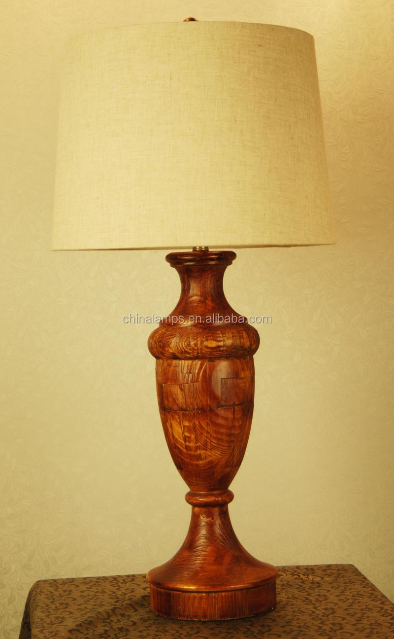 Kerst decoratie houten tafel lamp met lampenkap voor herberg/hotel ...