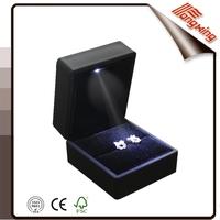 Manufacture black led luxury jewelry ring box tongxing