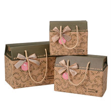 Dongguan Manufacturer Custom Lovely Fashion recyclable mini suitcase gift box