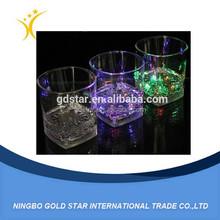 Logo personnalisé LED dur en plastique verre à boire