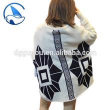 2015 de alta moda para mujer manga larga de cachemira jacquard poncho