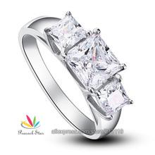 Ingrosso cfr8008 1,5 carati 3- Stones creato diamante di fidanzamento 925 anello in argento