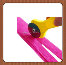 Mini circular paper making blade