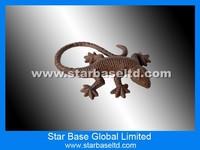 Custom metal decorative lizard garden ornament