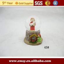 grabable de cristal globo de nieve