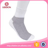 Excellent quality and cheap price plain color sport cotton socks men
