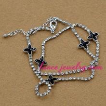 black epoxy and sliver zinc alloy crystal rhinestone four leaf clover bracelet