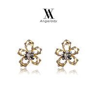 ROXI Fashion jewelry 18K Gold Flower Pearl Stud Earrings Wholesale for Thanksgiving Gift