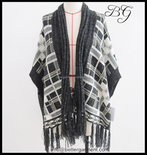 Wholesale Europe/USA stylish women/ladies winter ponchos and shawls from women garment factory
