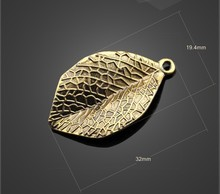 New Fashion Jewelry Foreign trade jewelry accessories accessories accessories tree leaves small pendant accessories alloy