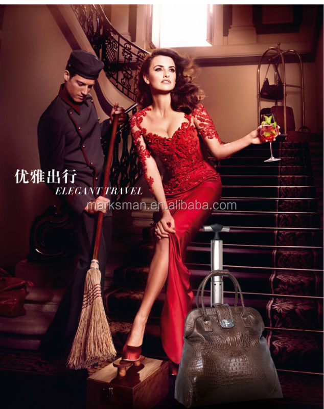2015 black crocodile leather women trolley bag