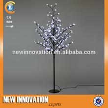 Árbol artificial de la flor de cerezo japonés para decorar en navidad