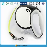 2015 New design large retractable dog leash with 8m tape for dog up to 40kg provided by professional factory