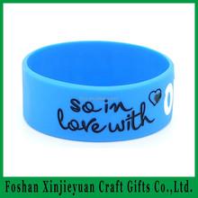 Best Selling Item Fashion Bracelet Bangle/ Silicone Wristband Handicraft