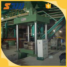 Approvisionnement de l'usine 250 Ton quatre colonnes presse hydraulique à vendre