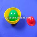 Acrílico transparente de la bola con pequeños animales en el interior