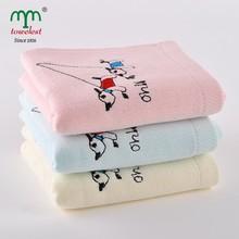 New Design China Manufacturer Kids Washcloth Cotton Gauze Fabric Embroidered Dog