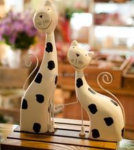 Factory wholesale art wood design craft popular items cat sculpture for sale