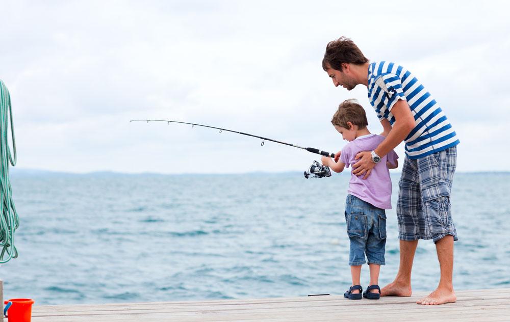 рыбалка с детьми в доме
