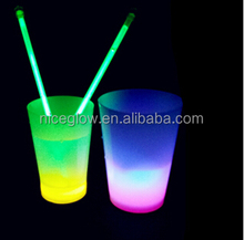 7 OZ party glow cups