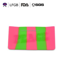 China wholesale fashion silicone makeup kit / silicone cosmetic case with cool dot enboss logo
