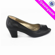 Pictures of Women Shoes Low-heeled