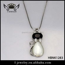 Fine quality competitive price cartoon cat shape long chain pendant necklace