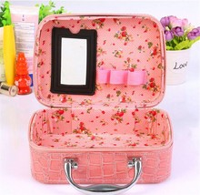 Crocodile pink makeup ase use at home or on the train travel storage bags Set Soft Train Case