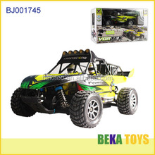 Hot sale 1:18 4 motors cool electric big wheels toy car remote control heavy off road vehicle