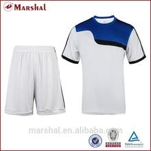 2015 baratos de china de ropa deportiva en la acción del fútbol baratos de los uniformes del equipo