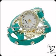 la venta de la fábrica tipo de encargo reloj con estilo diferente
