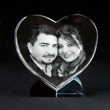 lovers pictures inner crystal heart photo frame with crystal base for gift