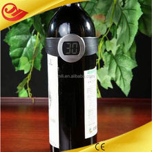 Omaha Professional design wine thermometer wraps around