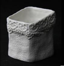 New Deaign Cute Decoration White Samll Ceramic Flower Pot Pedestal