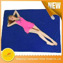 100% Microfiber Beach Blanket /picnic blanket , ultra-light, super Water absorptivity and rapid dry - corner anchor pockets