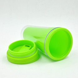 Beautiful color bpa free thermo cup plastic travel mug cups with lid