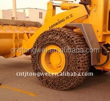 Wheel loader tire protection chains