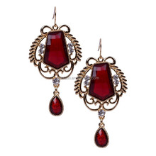 China Manufacturer Fashion Jewelry pressed earrings