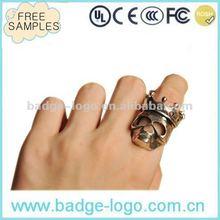2012 new design popular skull ring
