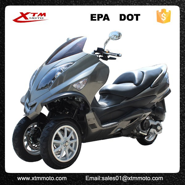 Adult electric three wheel scooters Poet