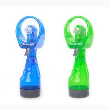 Hand held mini ice water misting sprayer portable ice water fan for wedding